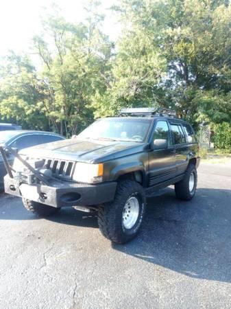 Photo 1994 Jeep Grand Cherokee Laredo - $3,000 (Broadway)