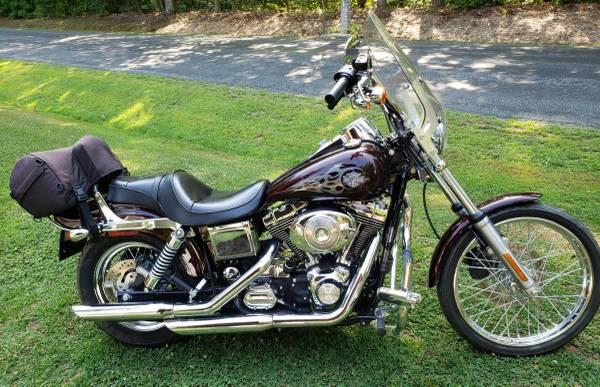 Photo 2005 Harley Davidson Dyna Wide Glide - $7,500 (Albemarle County)
