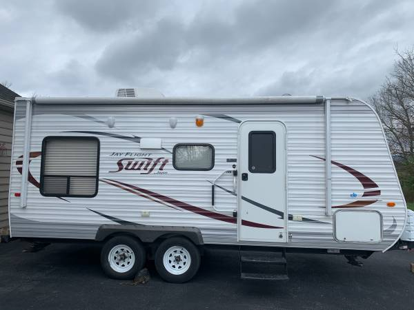 Photo 2014 Jayco Jay Flight Swift 198RD - $11,800 (Inwood)