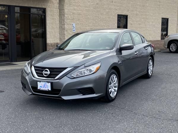 Photo 2016 Nissan Altima 2.5 S - $11,750 (Harrisonburg, VA)