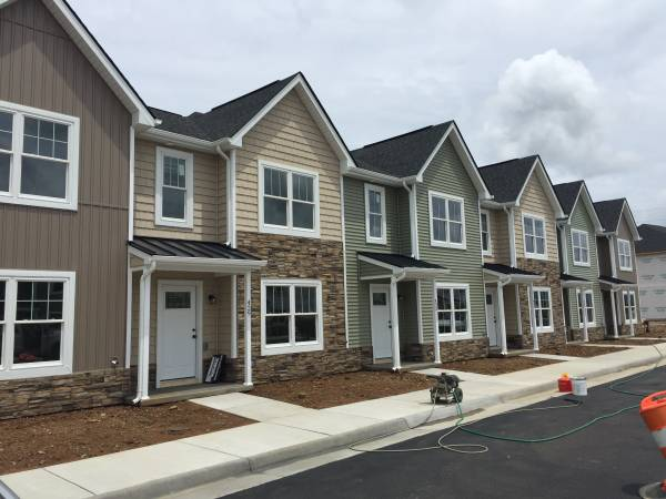 3 Bedroom 2.5 Bathroom Townhome | Apartments For Rent ...