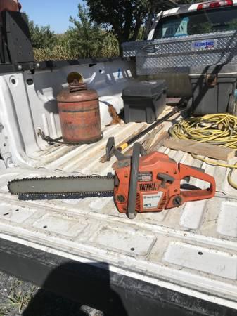 Photo Husqvarna chainsaw - $125 (Quicksburg va)