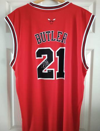 Photo Jimmy Butler Signed (autographed) Bulls Adidas Jersey Schwartz COA - $200 (Unionville)