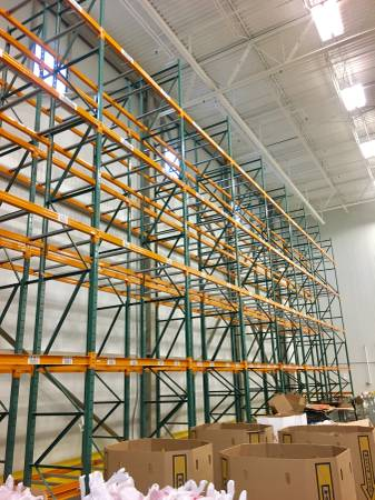 Photo USED Pallet Racking For Sale (GOOD CONDITION - GREAT PRICES) (Harrisonburg, VA)