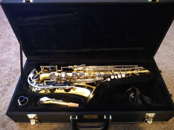 Photo Yamaha YAS-23 Alto Saxophone - $500 (Harrisonburg)