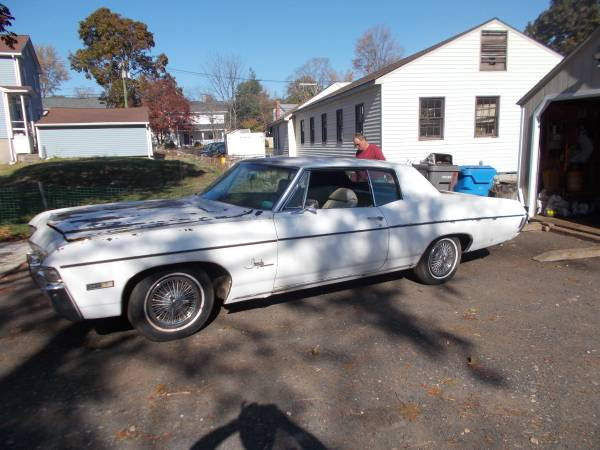 Photo 1968 Chevrolet Impala SS - $8,900 (Bristol)
