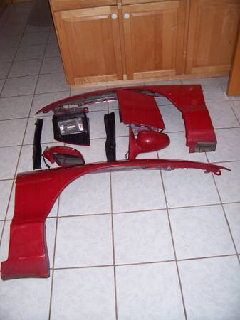 Photo 1993 - 1997 Ford Probe Fender and Door Mirrors - $20 (Enfield)