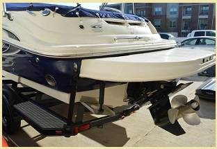 Photo 2006 SeaRay 240 SundeckDeck Bow-rider comes - $27,900 (Hartford)