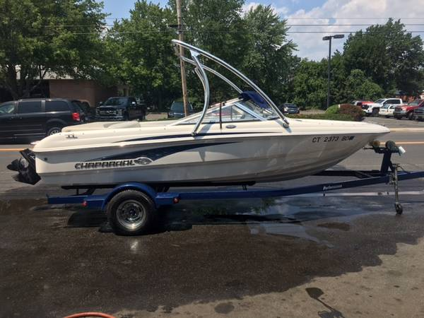Photo 2009 Chaparral SSi 180 exc cond 100 hrs fresh water only - $18,500 (plainville)