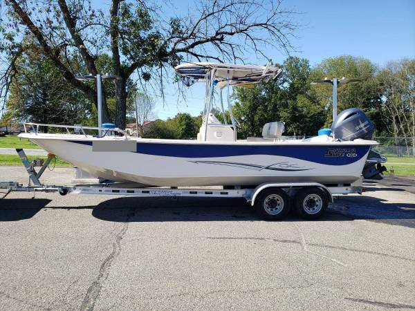 Photo 2018 carolina skiff 238 DLV - $19,000 (Hartford,CT)