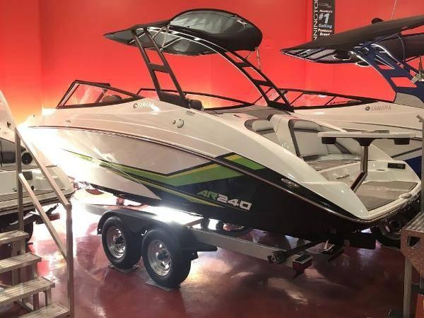 Photo 2019 Yamaha AR240 Jet Boat - $57,000 (Coventry Ct)