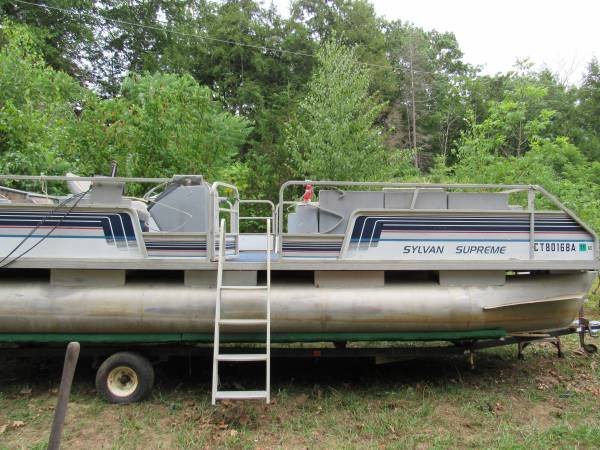 Photo 24 39 Pontoon Boat with trailer  motor - $1,800 (canton)
