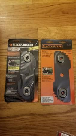 Photo (4) Brand New Black  Decker Edger Blades - $35 (Glastonbury)