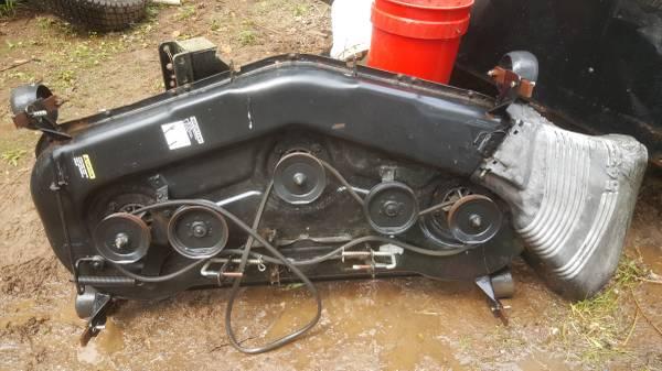 Photo 54quot craftsman mower deck - $175 (Glastonbury)