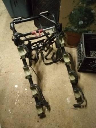 Photo Allen Sports Deluxe Trunk Mount 4 Bike Rack. Like New. - $80 (Middletown, CT)