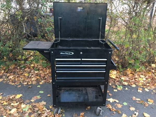Photo Blue Point Tool Cart made by Snap On Tools - $449 (New Britain)