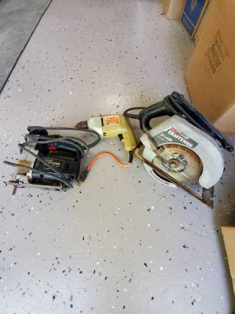 Photo Craftsman Circular Saw  Black  Decker Drill - $25 (Marlborough)