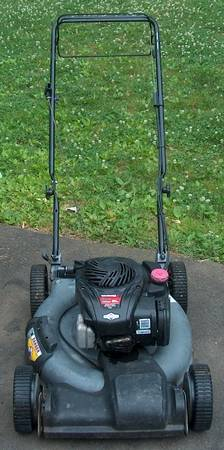 Photo Craftsman Lawn Mower Self Propelled - $165 (Middletown, Ct)