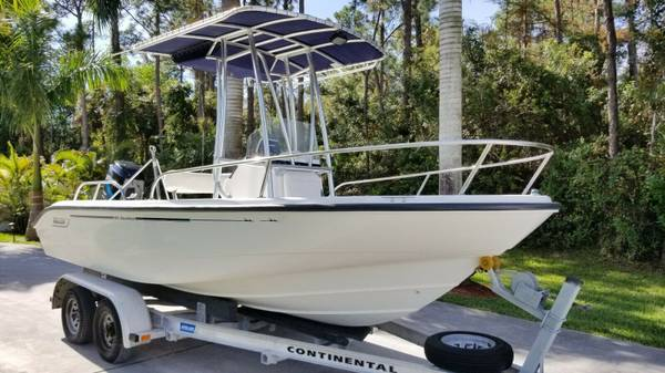Photo ((GREAT BOAT)) 2004 Boston Whaler 180 - $10000