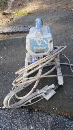 Photo Greico airless Paint sprayer - $80 (East Hartford)