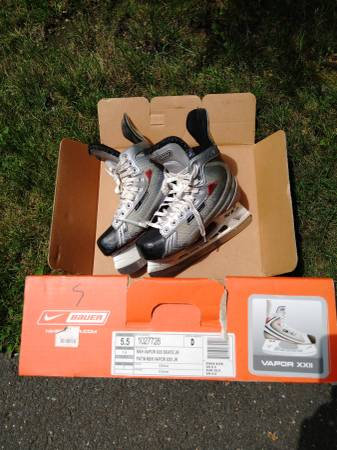 Photo Hockey skates, roller blades and more ($2-$15)