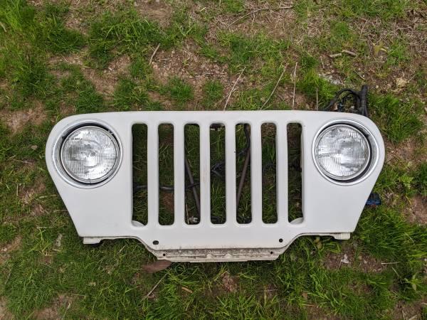 Photo Jeep Wrangler TJ Grille (Radiator Support) 97-06 - $200 (Portland, CT)