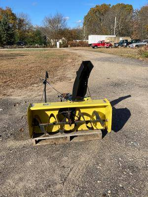 Photo John Deer 44 inch snowblower - $395 (North Stonington)