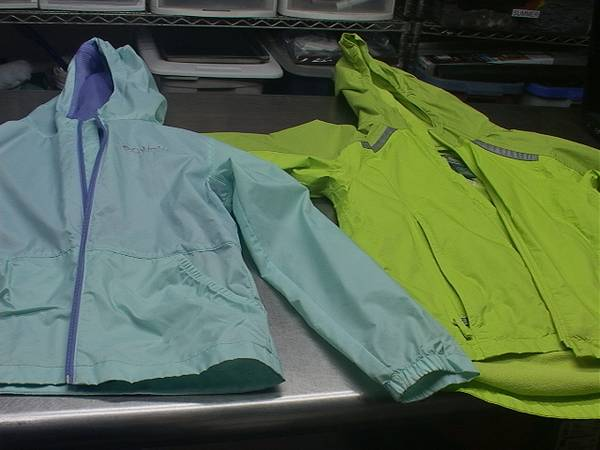 Photo LL Bean  Columbia Kids Lined Windbreakers - $10 (Middlefield)