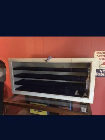 Photo Locking Glass Front Wood Workshop Cabinet Blue Felt Lined Display - $60 (Clinton)