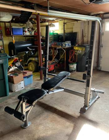 Photo OLYMPIC SQUAT RACK  BENCH - $100 (Cheshire)