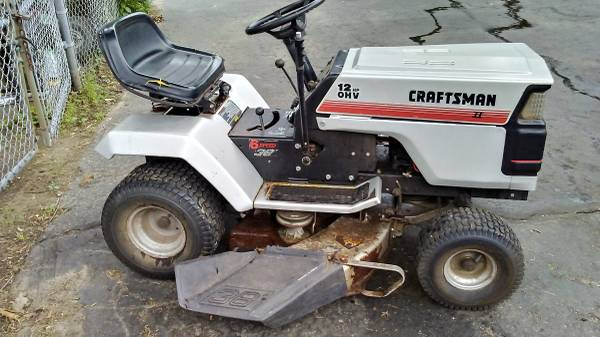 Photo Old Craftsman Tractor For Parts Or Fix $100 - $100 (Enfield)