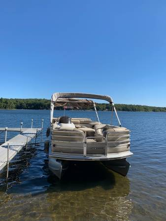 Photo Pontoon Boat for sale - $13,000 (Coventry)