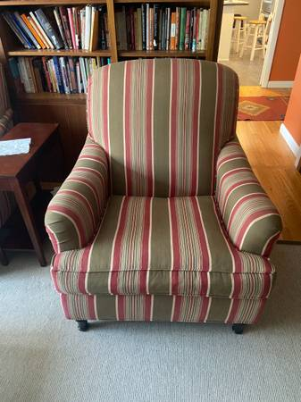 Photo Pottery Barn chair set - $150 (West Hartford)