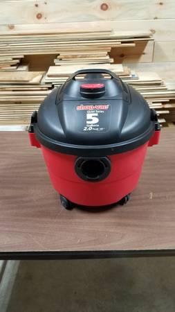 Photo Shop Vac - 5 gallon wetdry vacuum - $10 (Windsor)