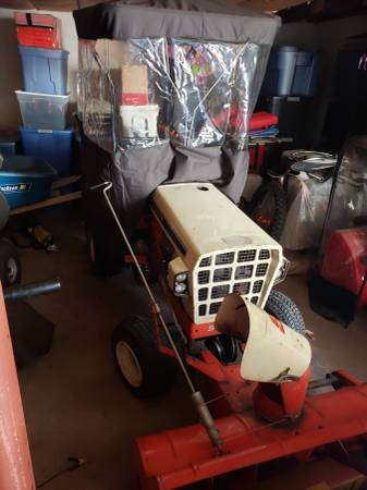 Photo Simplicity tractor with snow blower - $1000 (Tolland)