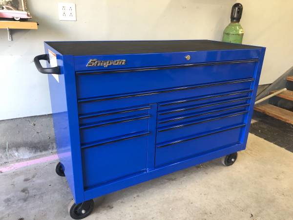 Photo Snap-on Blue Classic Series 10-Drawer Tool Box - $4,700 (Bolton, CT)