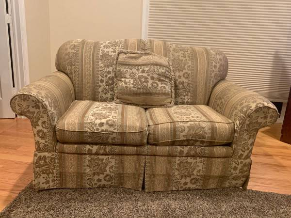 Photo Sofas , Couch , Sectional - $500