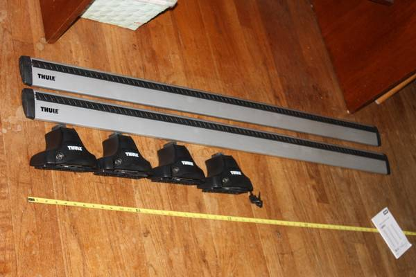 Photo Thule 53quot AeroBlade roof rack 480R Traverse Audi VW Prius Civic Altima - $300 (Longmeadow  Enfield)