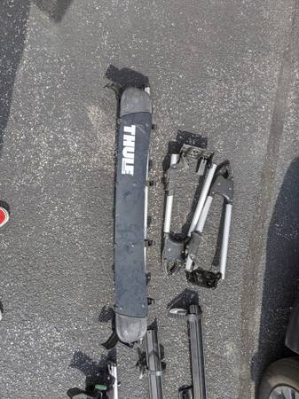 Photo Thule roof rack... with bike trays - $150 (West Simsbury)