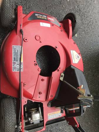 Photo Toro mower deck housing - $50 (WINDSOR)