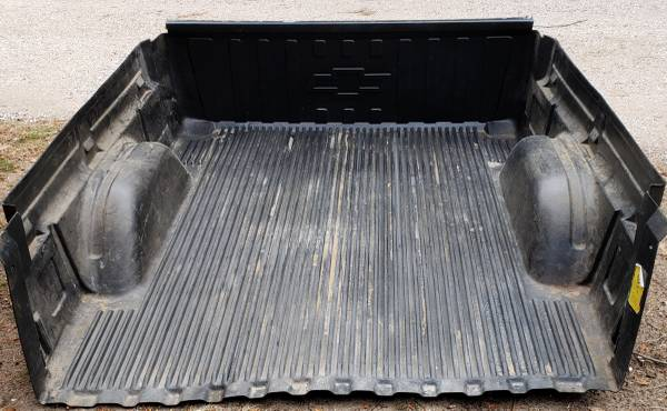 Photo Used Bed Liner from 2006 Chevy Silverado Short Bed - $90 (Granby)