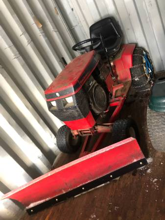 Photo Wheel horse garden tractor with plow - $900 (Barkhamsted)