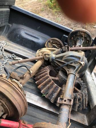 Photo Willys jeep parts - $1 (Glastonbury)