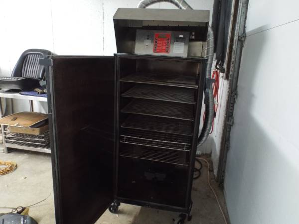 Photo cookshack commercial smoker model 250 with new commercial vent hood. - $4300 (chester nh....Wood smoked chicken and ribs)
