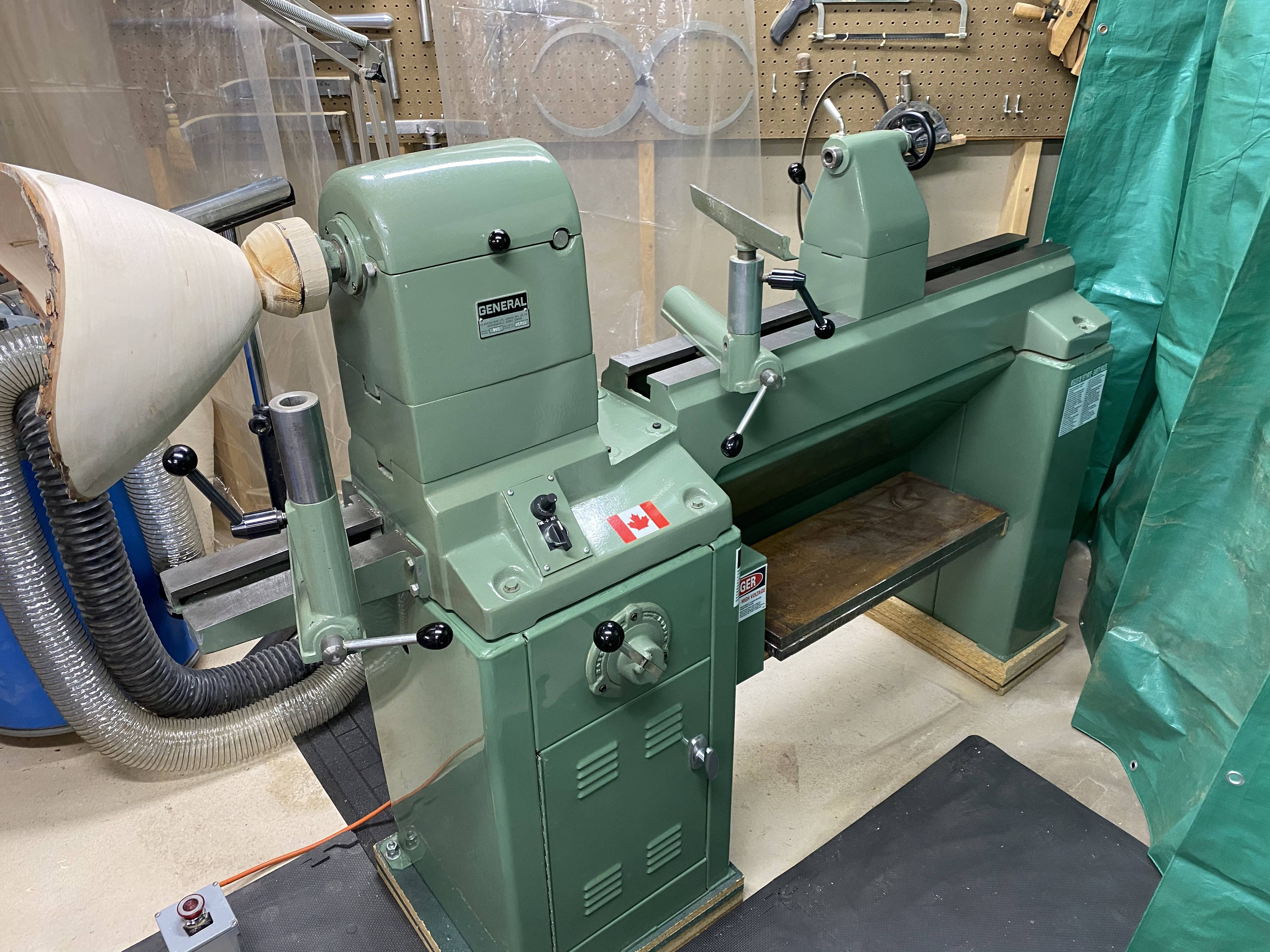 Photo Wood Lathe - General 260 Elect. Variable Speed