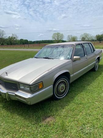 Photo 1989 Cadillac - $2,950 (Sumrall)