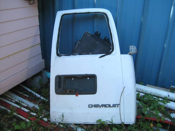 Photo 1999 CHEVY EXPRESS - $85 (New Orleans)