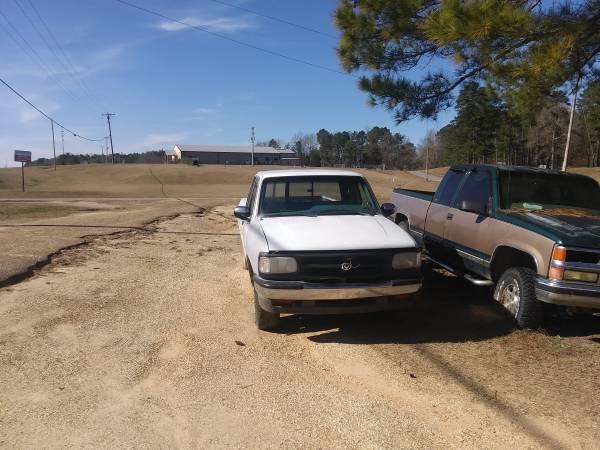 Photo 95 Mazda b4000 - $400 (Laurel)