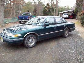 Photo 96 Chrysler Crown Victoria - $2,000 (Hattiesburg)