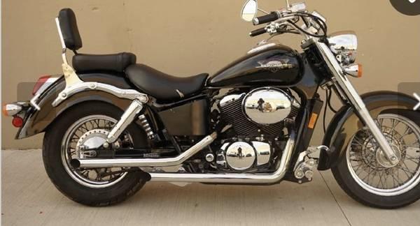 Photo 98 Honda shadow 1100 - $1,250 (Hattiesburg)